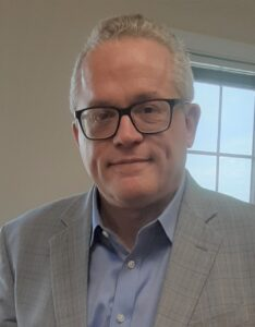 Image of attorney David Gray, representing experience in personal injury, high exposure umbrella claims, and commercial claims in Indiana and Illinois.